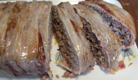 Fette polpettone bardato con pancetta cotto nella Slow Cooker