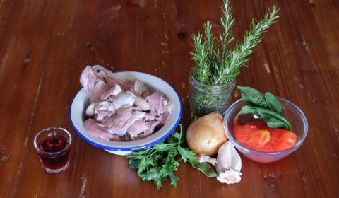 Ingredienti per la ricetta di Coratella di agnello in Slow Cooker