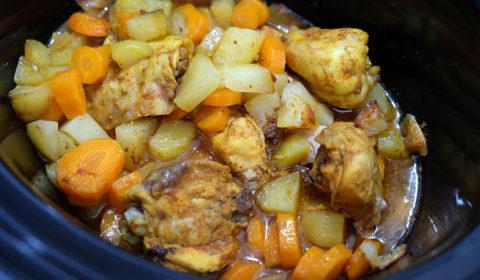 Tajine di pollo cotto nella Slow Cooker