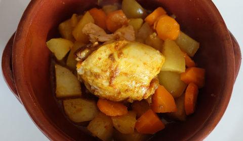 Tajine di pollo e verdure nella Slow Cooker