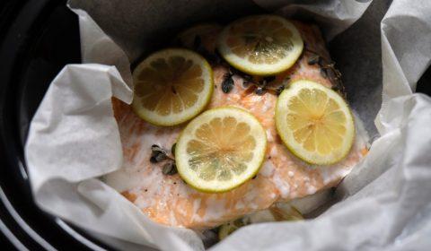 Filetto di salmone al limone cotto nella Slow Cooker