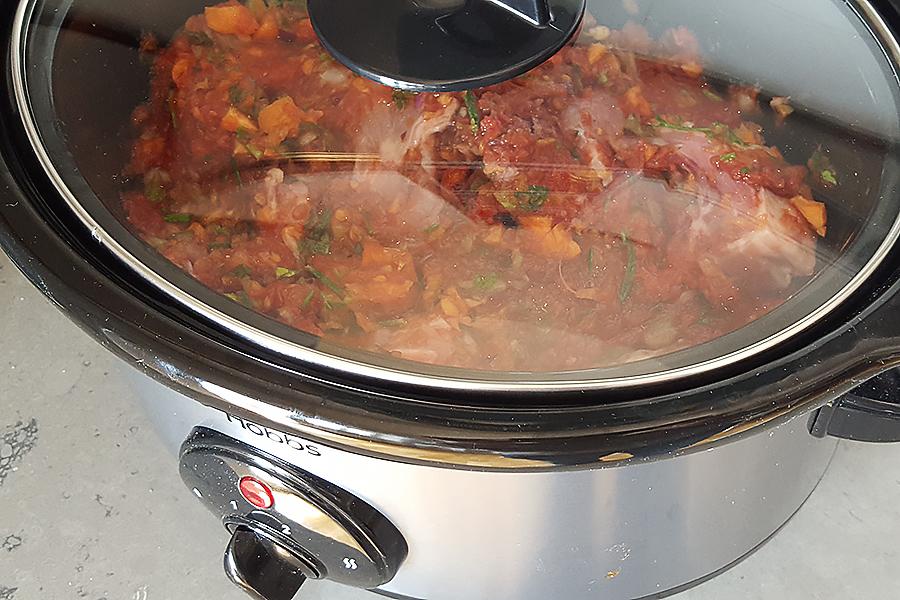 pollo alla cacciatora cotto nella slow cooker