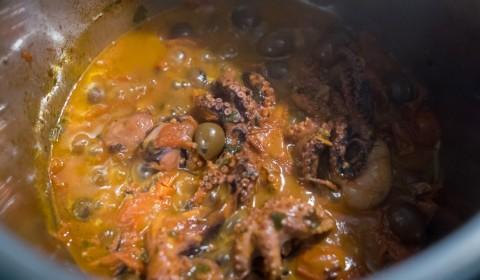 il polpo alla Luciana nella Slow Cooker a fine cottura