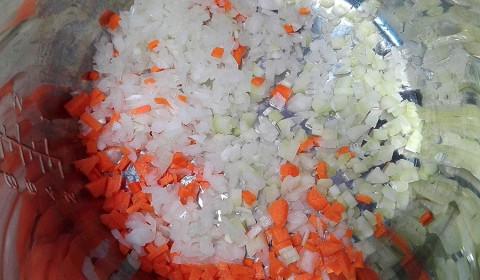 il trito di carote, sedano e cipolla come base