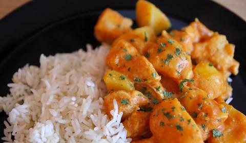 Pollo al curry cotto nella Slow Cooker