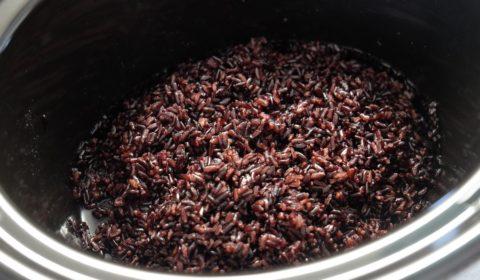 Il riso venere nella Slow Cooker