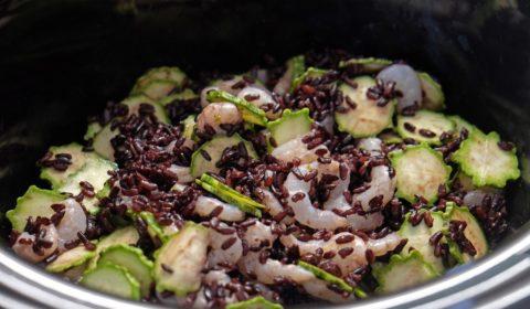 Riso venere con gamberetti e zucchine a fine cottura nella Slow Cooker