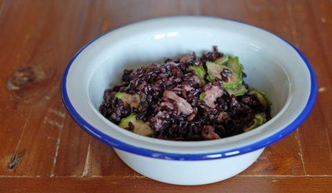 Riso venere con gamberetti e zucchine cotto nella Slow Cooker