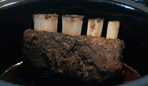 Le costolette di manzo a fine cottura nella Slow Cooker