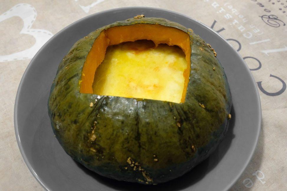 La zucca con fonduta di formaggi cotta nella Slow Cooker