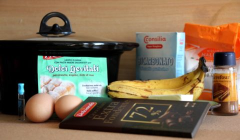 Ingredienti per banana bread nella Slow Cooker
