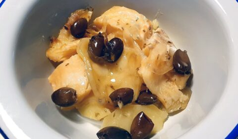 Baccalà in umido con patate e olive cotto in Slow Cooker