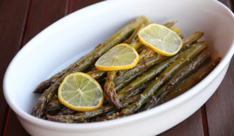 Asparagi all'agro cotti in Slow Cooker